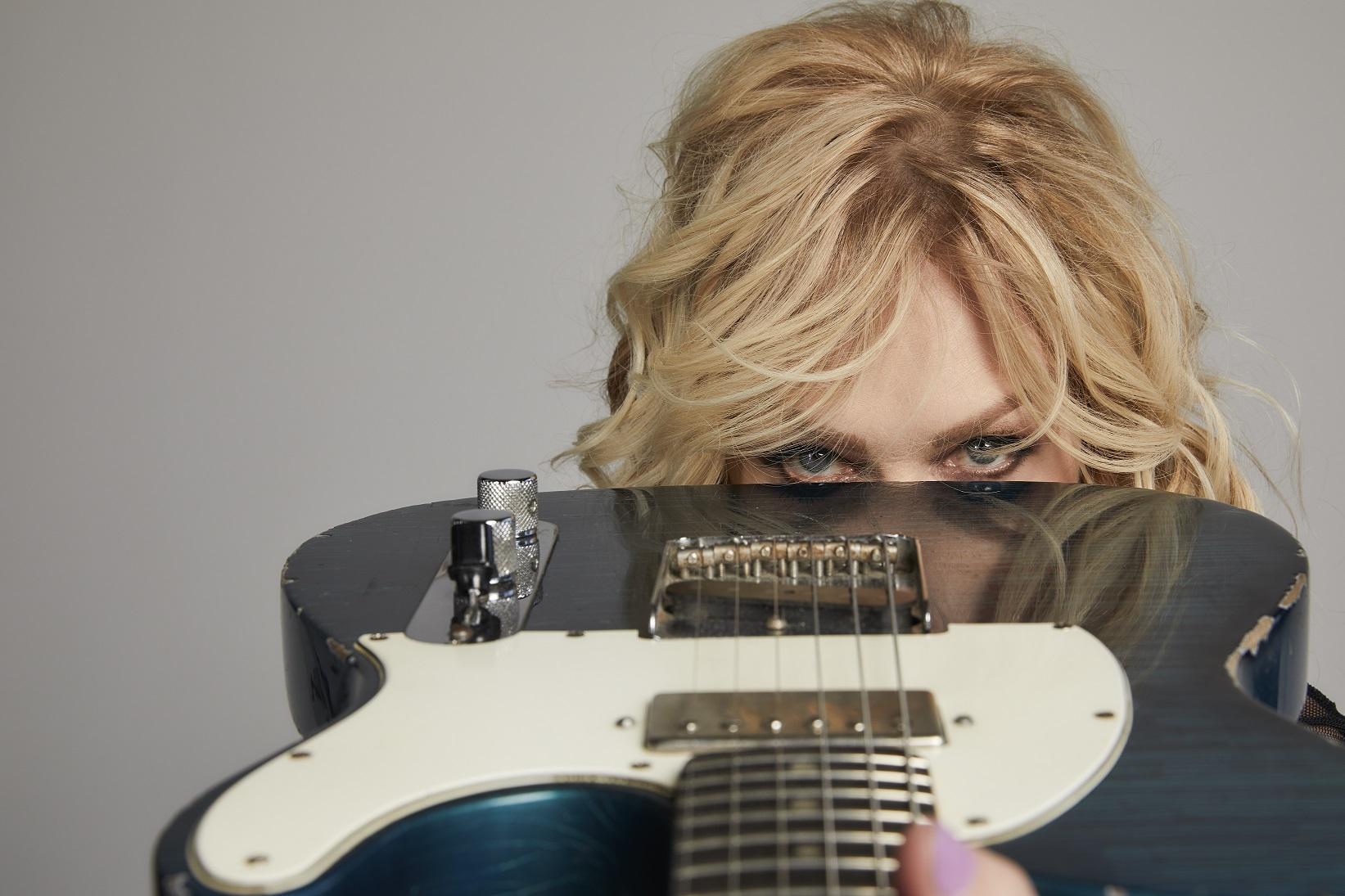 Nancy Wilson on new band Roadcase Royale -