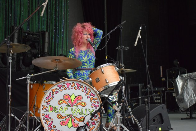 Julie Edwards of Deap Vally