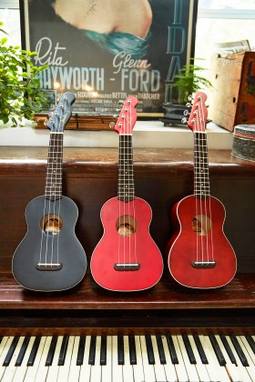 Fender Venice Ukulele, Natural, Cherry, Black 2