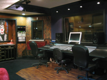 Richie's Studio - Headroom Inc