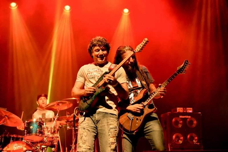 Sydnei Carvalho e Roger Franco da banda 4Action