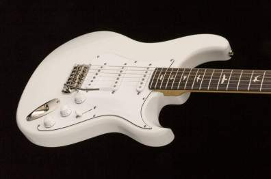 john-mayer-signature-guitar-silver_sky_10