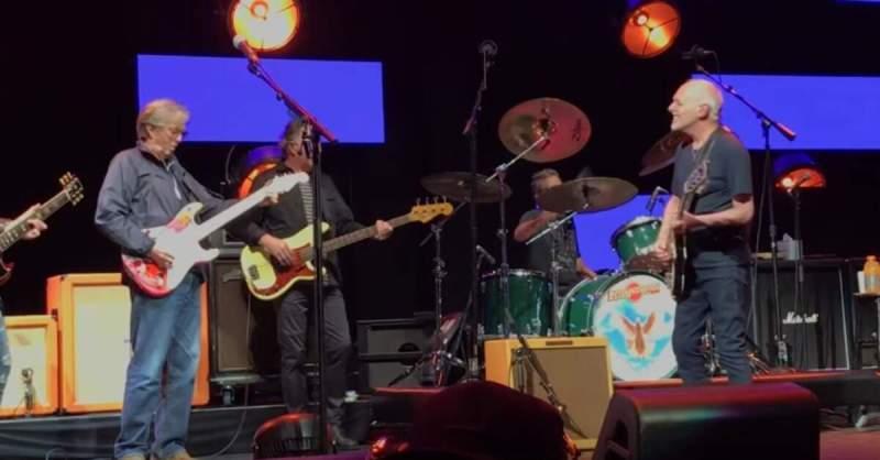 Eric Clapton tocando com Peter Frampton