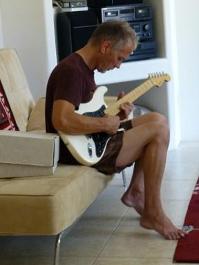 Babyak with guitar