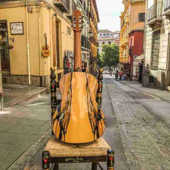 Guitarreria Bitar Guitarra de Granada