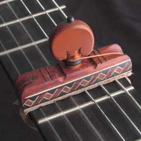 Cejilla de madera flamenca