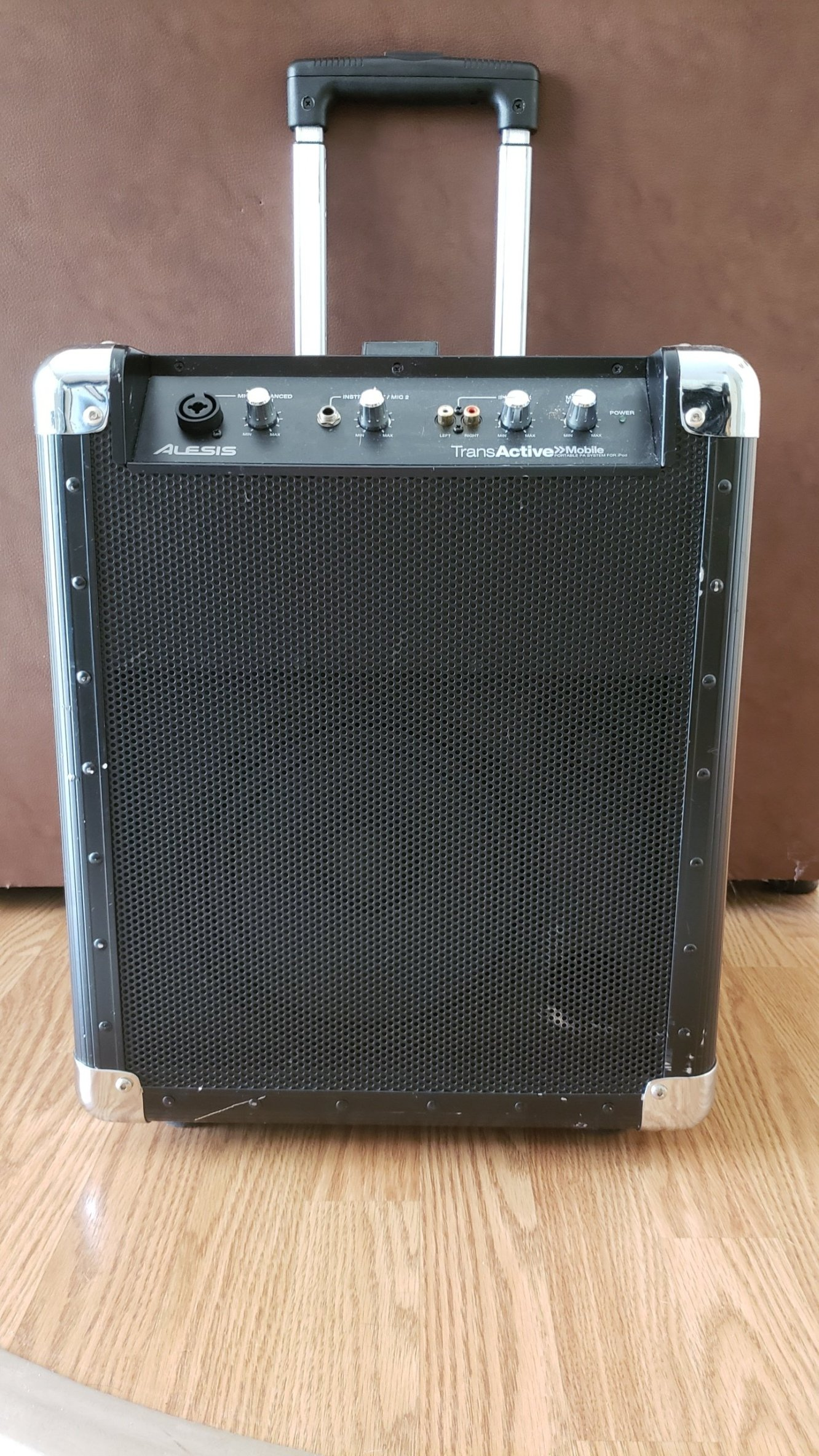 Alesis TransActive Mobile PA Speaker System with iPod Dock (used)
