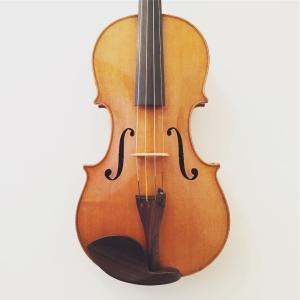 Interesting 20th Century viola of European origin