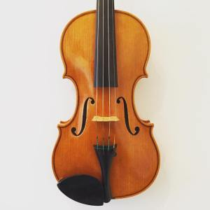 Modern English repro style violin by Christopher Rowe