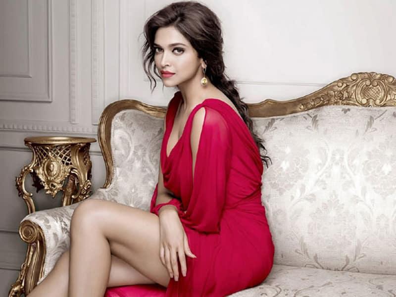 Deepika Padukone Age, Height, Biography, Boyfriend, Family ...