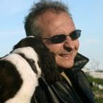 Photo mec avec un chien