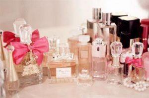 annelere-ozel-hediye-onerileri-parfum