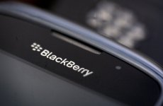 UAE Telcos Drop BlackBerry's BBM Channels