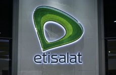 UAE's Etisalat submits bid for Omani telecoms licence