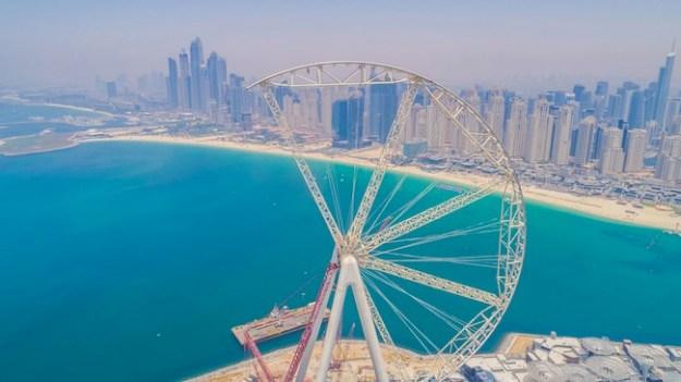 Work progresses on world's largest observation wheel in