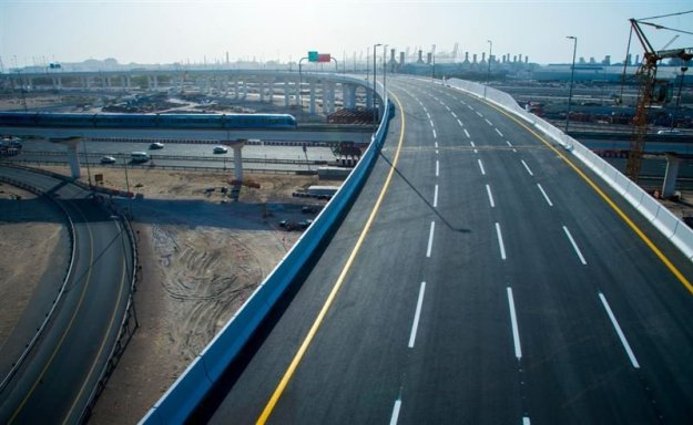 Dubai opens new interchange on Sheikh Zayed Road - Gulf Business