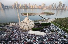 UAE President orders early payment of salaries for Eid
