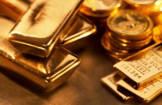 Gold Hits 11-Week High, Briefly Tops $1,400