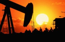 Saudi Arabia crude output drops in August