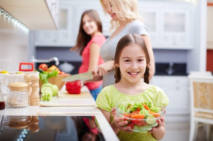 9 ways to get kids to eat healthy food