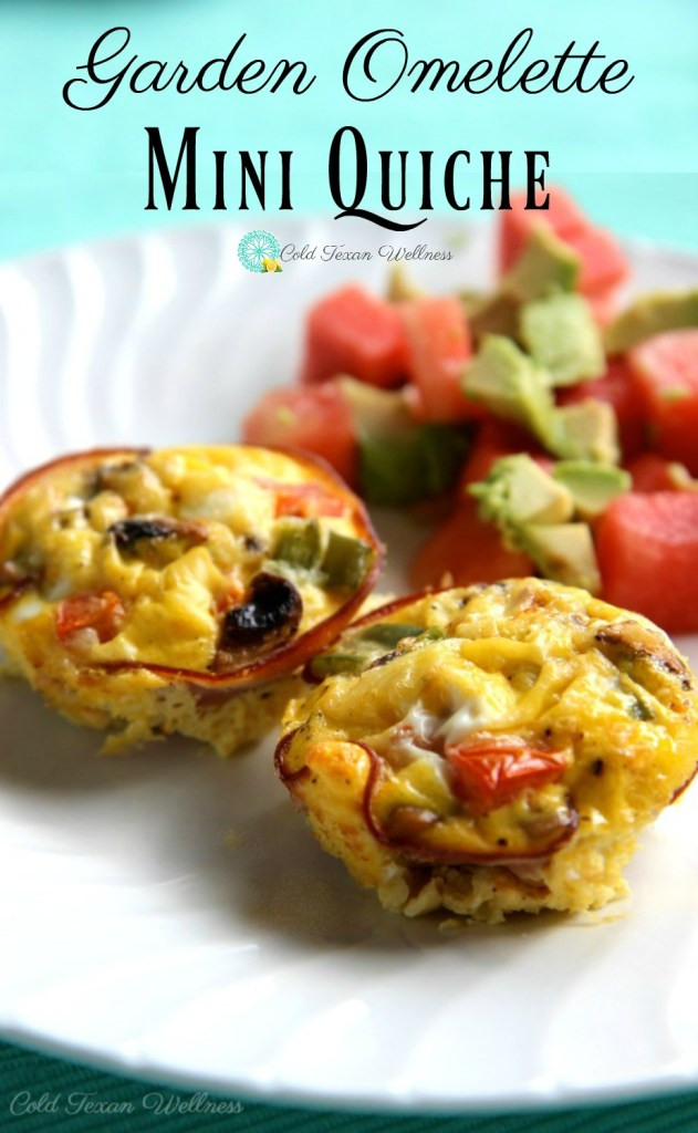 Garden Omelette crustless mini quiche cups are the perfect gluten-free healthy breakfast! With a whole serving of veggies and protein you have a big energy boost to keep you going all morning! #21dayfixapproved #paleorecipe #paleobreakfast #healthyeating #healthybreakfast #makeaheadmeals #mealprepbreakfast