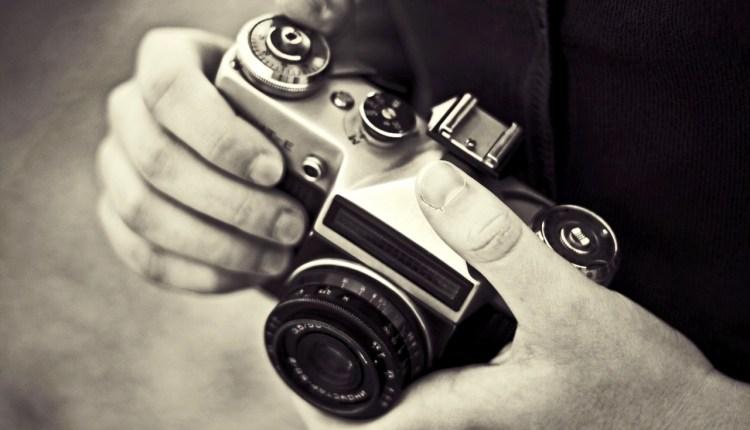 zenith_film_camera-wallpaper-1280×800