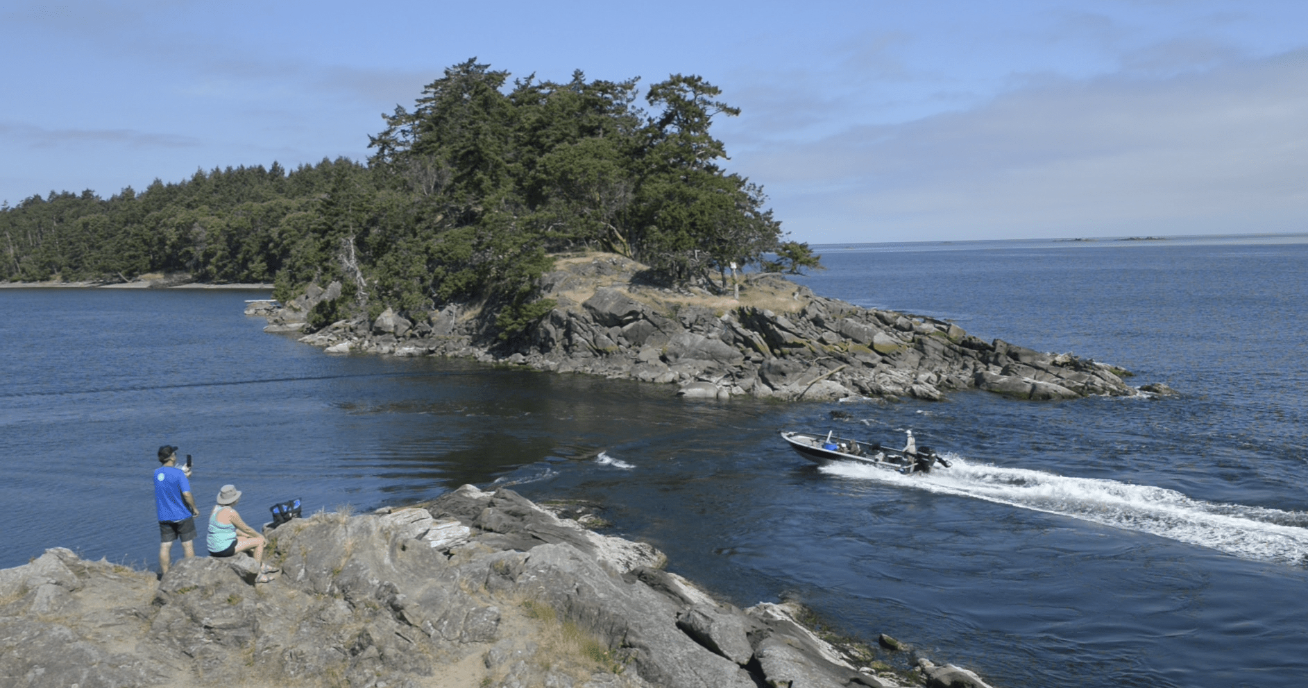 Running a boat through Boat Passage, Saturna Island