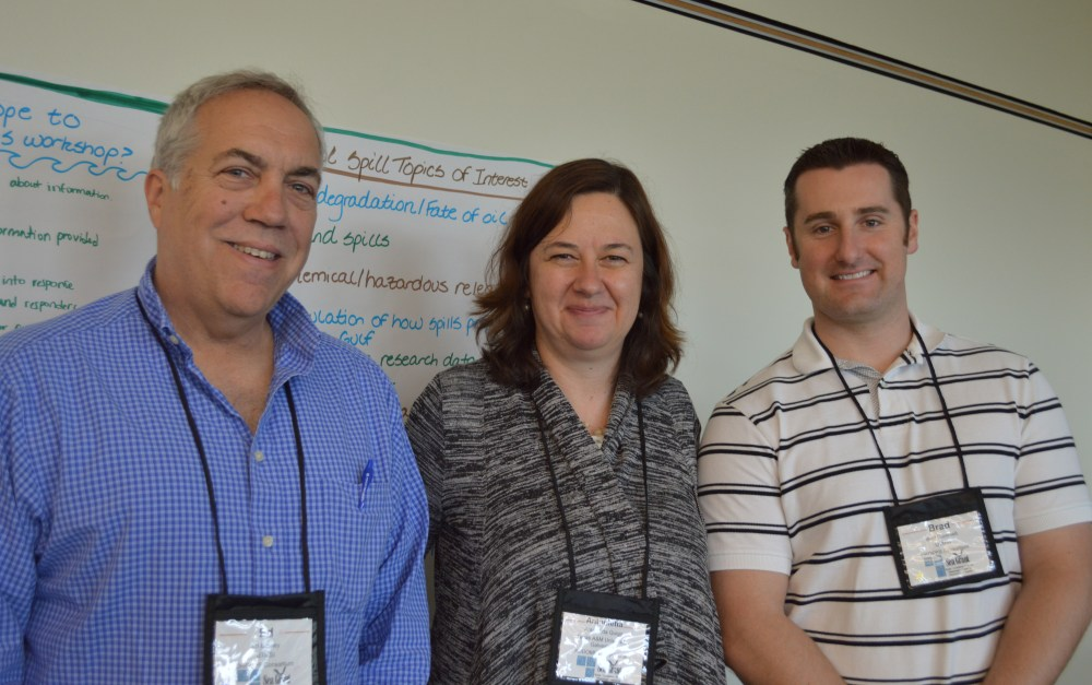 From left to right. Dr. Buskey, Dr. Quigg, and Dr. Gemmell. Credit: University of TX