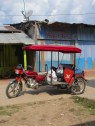 """""""Motokar"""" - färdmedel par preference i Peru."""