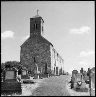 Den ruinerade kyrkan i Urwegen, Planar 80 mm.