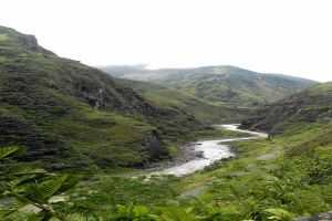 banos-river
