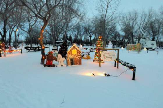 Gull Lake Tourism Committee Thanks 2015 Christmas Cove Participants GULL LAKE SouthWest Saskatchewan Tourism  Christmas Cove