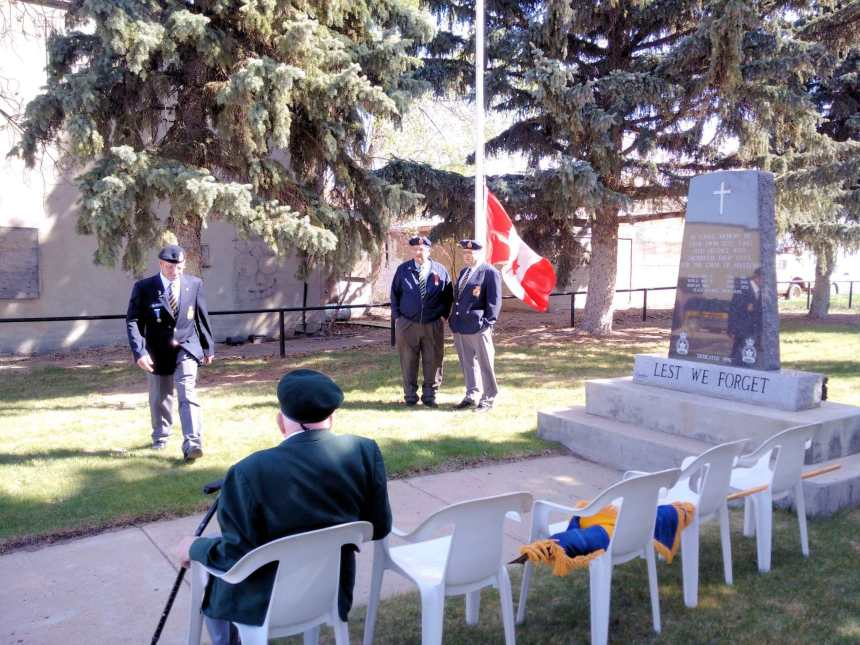 Remembrance Day Service GULL LAKE  Gull Lake Legion
