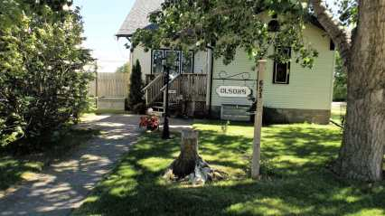 Cast Your Vote for Best Residential Curb Appeal GULL LAKE Town Beautification  Communities in Bloom