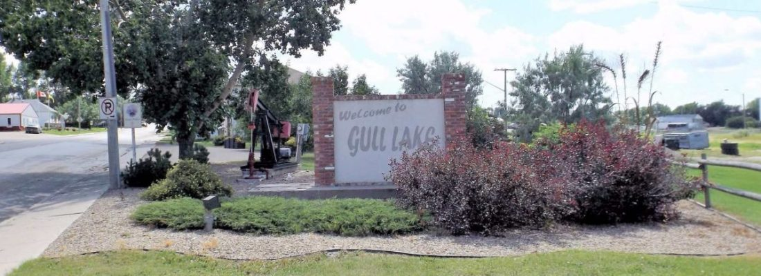 Gull Lake's growing population due to promotion GULL LAKE SouthWest Saskatchewan  Statistics Canada Community