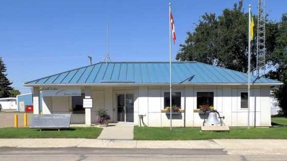 Town of Gull Lake 2016 Year in Review Business Government GULL LAKE Town Beautification  Community