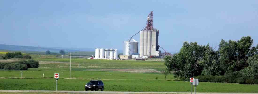 CP awards 2019-2020 Elevator of the Year in Canada and the U.S. Agriculture Business GULL LAKE Innovation SouthWest Saskatchewan  Community