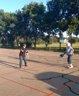 Tennis Courts Get a New Look! GULL LAKE Health & Wellness  Recreation Advisory Committee Mayor's Report Gull Lake School Community