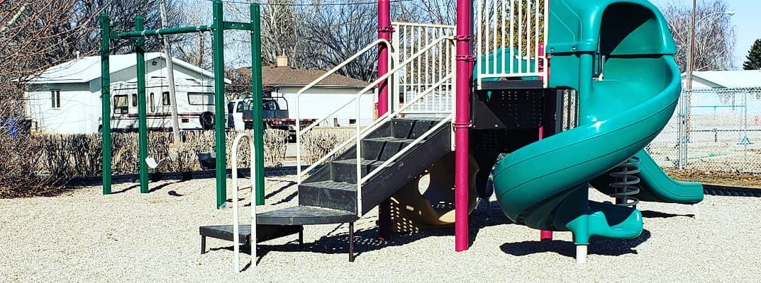 Little Green on the Prairie New Playground Guidelines Start Tomorrow GULL LAKE Health & Wellness  Town Council Mayor's Report Little Green on the Prairie Community Park Community
