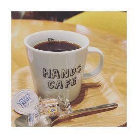 文章まとめるのは難しい。あともう少しですよ。😐😐😐🗒🖋———#coffee #cafe #black #handscafe #blog#กาเเฟ #ดำ #ชอบ #thai #あざみ野 #青葉台 #中央林間#田園都市線 #パグ #好き #セラピスト#リラクゼーションサロングミ#タイ古式×  #アロマ#タイ古式マッサージ#タイ式リフレクソロジー #こだわり空間 #interior #simple