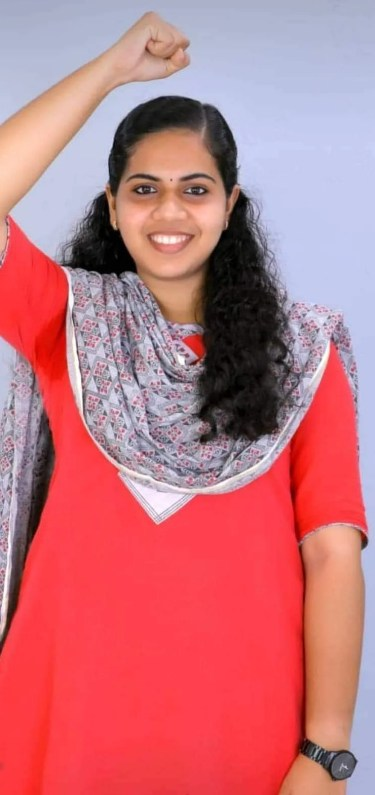 நாட்டின் இளம்வயது மேயர்!' - திருவனந்தபுரம் மாநகராட்சியில் பதவியேற்கும் 21  வயதுக் கல்லூரி மாணவி | India's youngest mayor - 21 year old to take charge  in Thiruvananthapuram ...