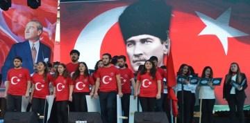 Atatürk'ü Anma Gençlik ve Spor Bayramı Gümüşhane'de Çeşitli Etkinliklerle Kutlandı