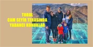 TORUL KALESİ CAM SEYİR TERASININ TRABZONSPOR'DAN ZİYARETÇİLERİ VARDI