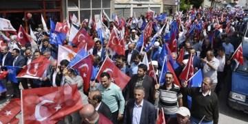 AK PARTİ TORUL'DA GÖVDE GÖSTERİSİ YAPTI