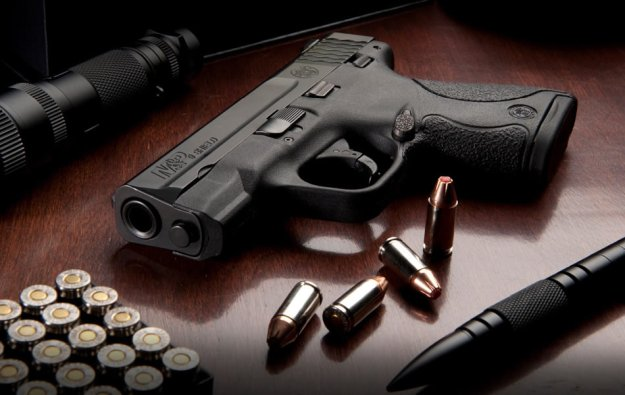 Smith & Wesson M&P Shield | The Best Concealed Carry Guns For Women