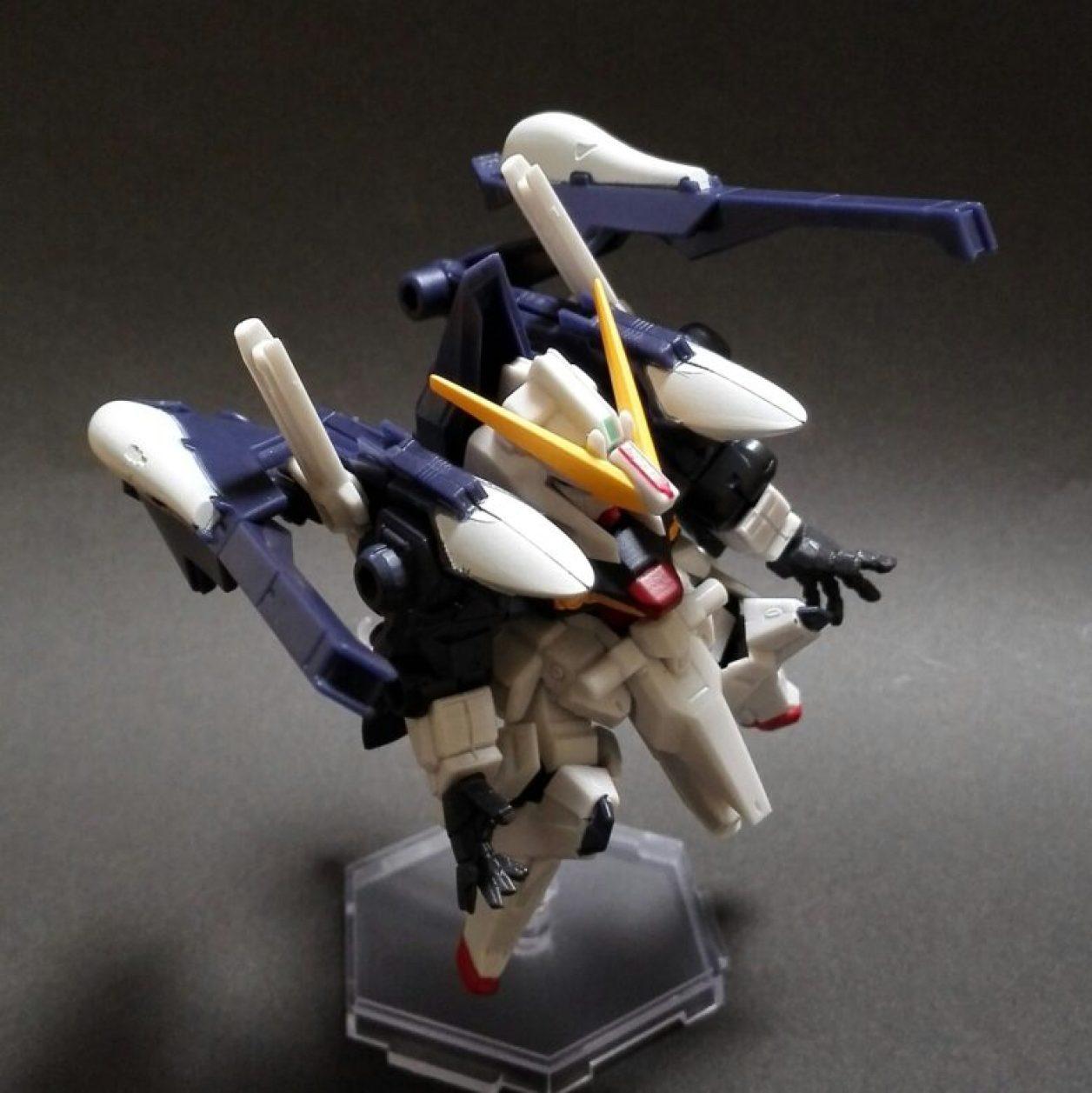 MOBILE SUIT ENSEMBLE 08弾のハイゼンスレイIIとフルドドIIと武器セットの組み合わせから作ったTR-6ハイゼンスレイII・ラーの画像