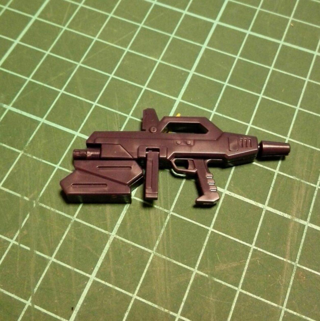 HGUC ガンダム TR-6[ヘイズル改]用武装ビーム・ライフルの改造前の画像