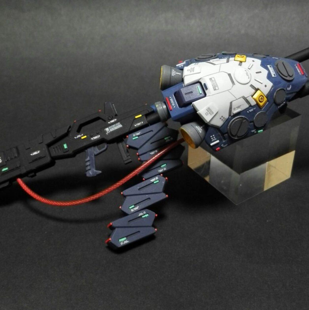 HGUCガンダムTR-1[ヘイズル改]用のビームライフルをベースキットとした改造武装のアップ画像