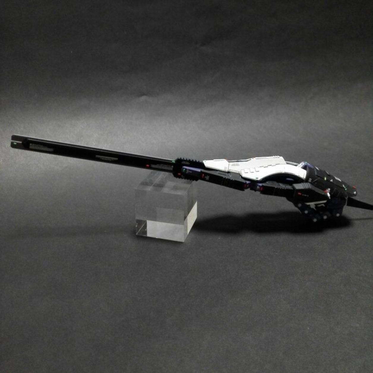 改造してディテールアップしたHGUC ガンダムTR-6[ウーンドウォート]の初期武装であるコンポジット・シールド・ブースターの画像