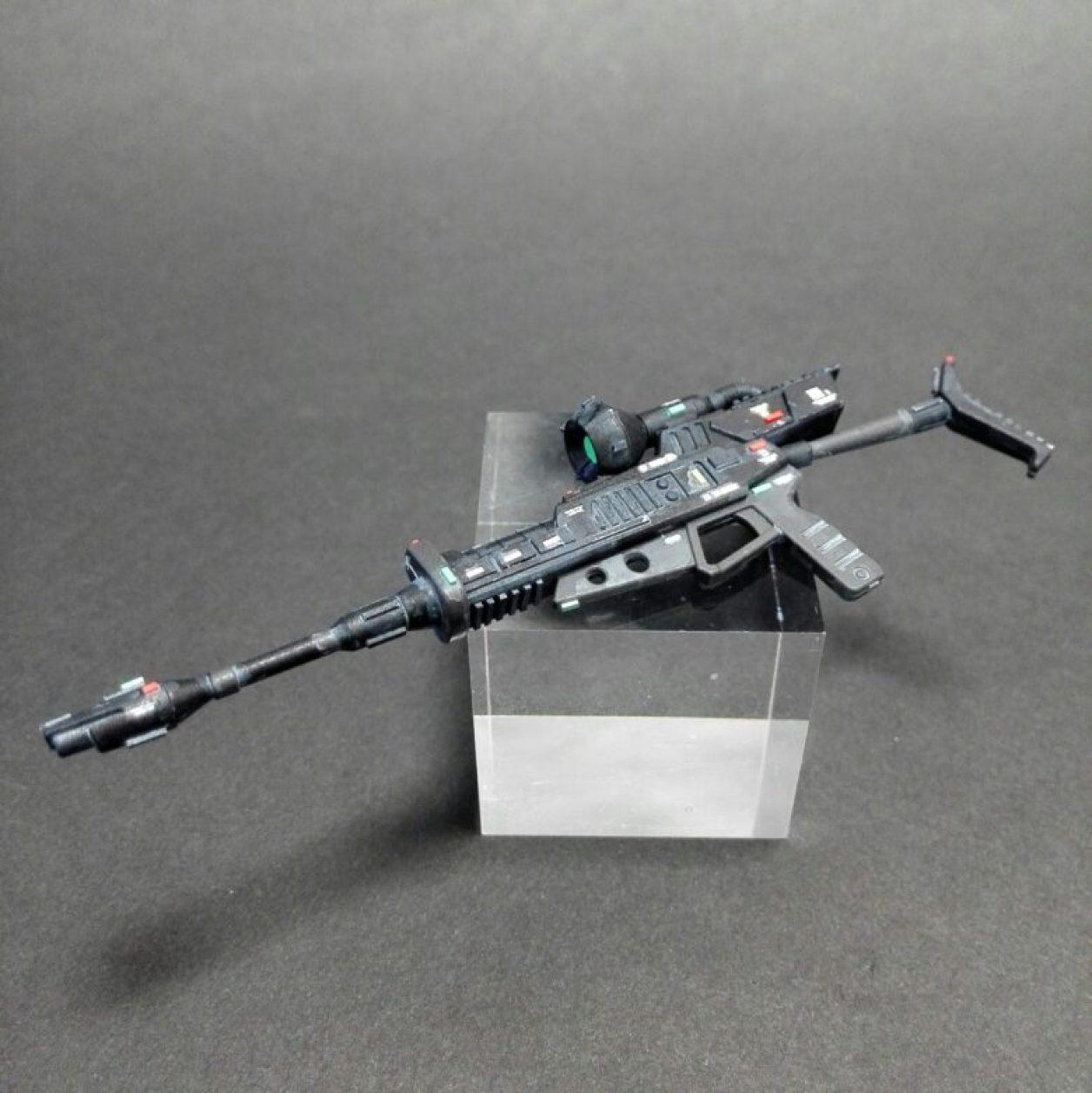 プレミアムバンダイ限定hg 1/144 ジョニーライデン専用ゲルググのビームライフルを改造とディテールアップした画像